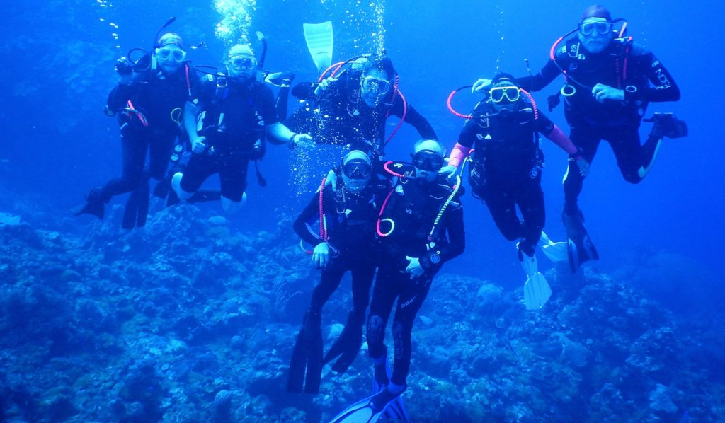7-divers-below.jpg